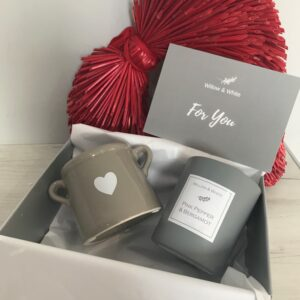 Gift Box - Ceramic Classic Candle & Heart Planter